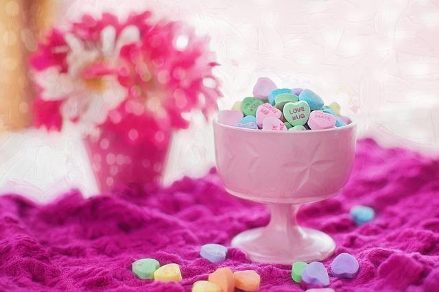 valentine-candy-626447_640 (1)